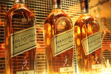 johnnie-walker-gold-label-wallpaper-hd